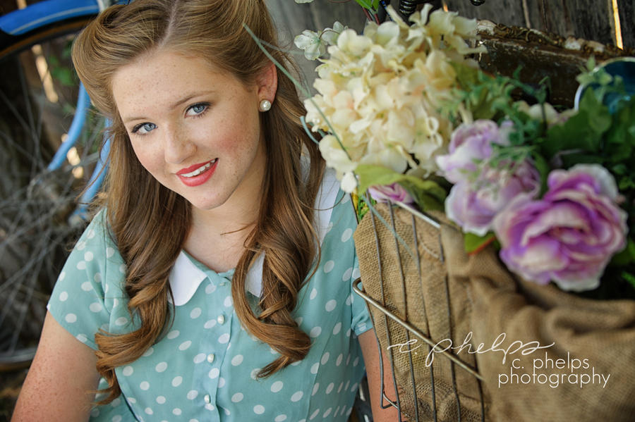 Hair and Makeup: c. barbian : the girls : The most amazing senior picture experience in Omaha, Nebraska, South Dakota, Iowa Wisconsin